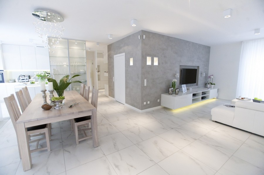 505828feea5ba_chalupko-design-bialy-apartament-w-wilanowie-jpg